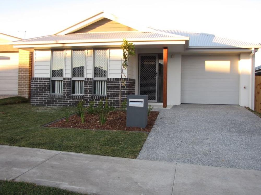 5 Bright Street Yarrabilba, QLD 4207