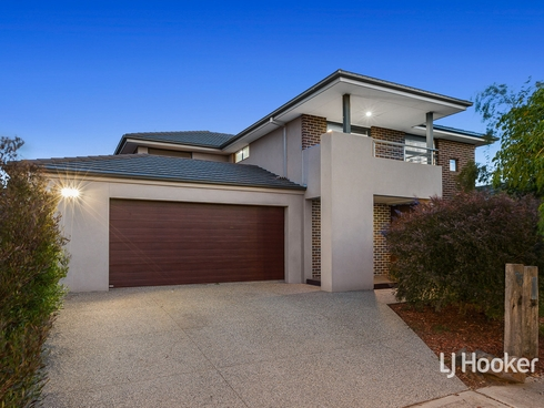 15 Cooktown Avenue Point Cook, VIC 3030