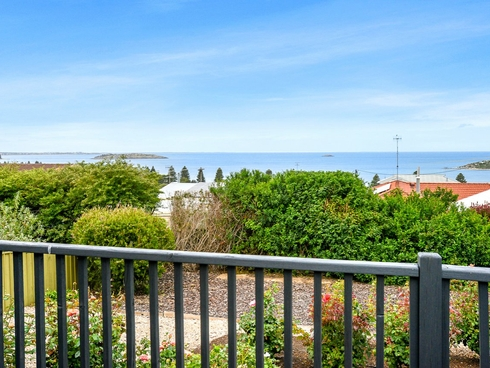 48 Rumbelow street Encounter Bay, SA 5211