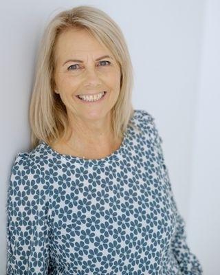 Fiona Collins profile image