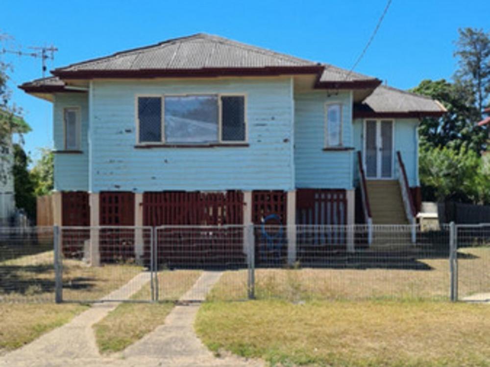 27 Beatrice Street Walkervale, QLD 4670
