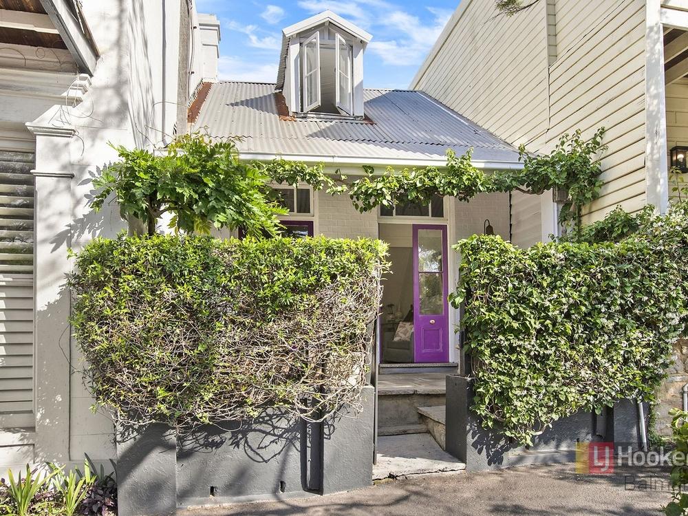 15 Grove Street Birchgrove, NSW 2041