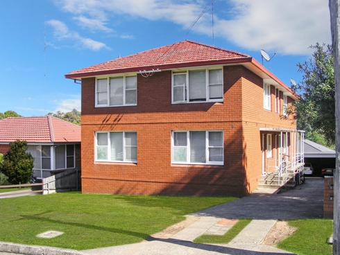 1/8 London Drive West Wollongong, NSW 2500