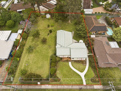 11-13 Sunnyside Avenue Point Clare, NSW 2250