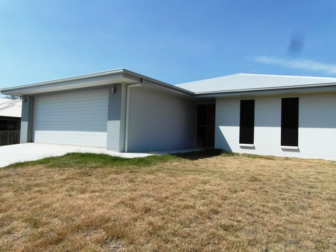 7 SURITA COURT Boyne Island, QLD 4680
