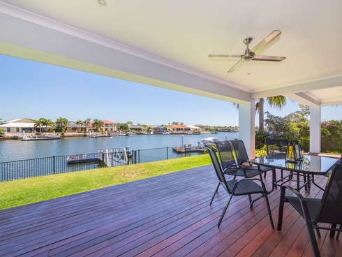 99 Voyagers Drive Banksia Beach, QLD 4507