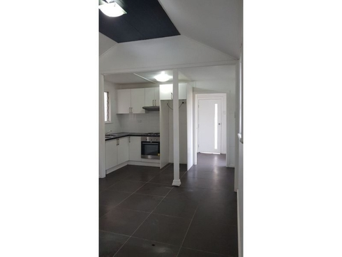 2/6 Sutton Avenue Long Jetty, NSW 2261