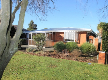 4 Windsor Place Mosgielproperty carousel image