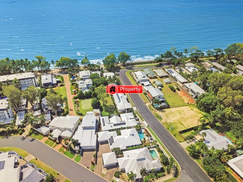 10 St Crispin Street Clifton Beach, QLD 4879