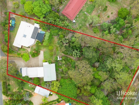 8 Sarah Court Eatons Hill, QLD 4037