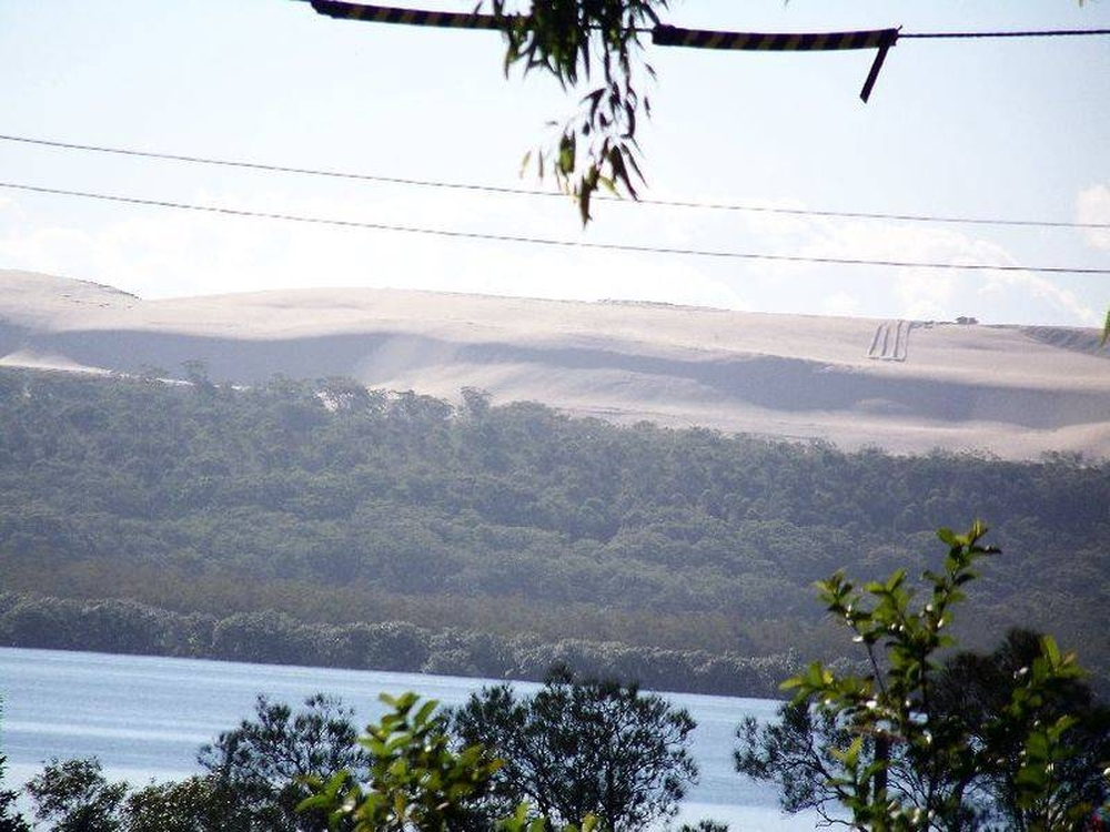 128 Lucas Drive Lamb Island, QLD 4184