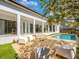 56 T E Peters Drive Broadbeach Waters, QLD 4218