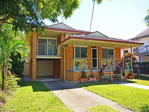 19 Turner Avenue Fairfield, QLD 4103
