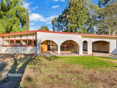 1 River Valley Drive Windsor Gardens, SA 5087