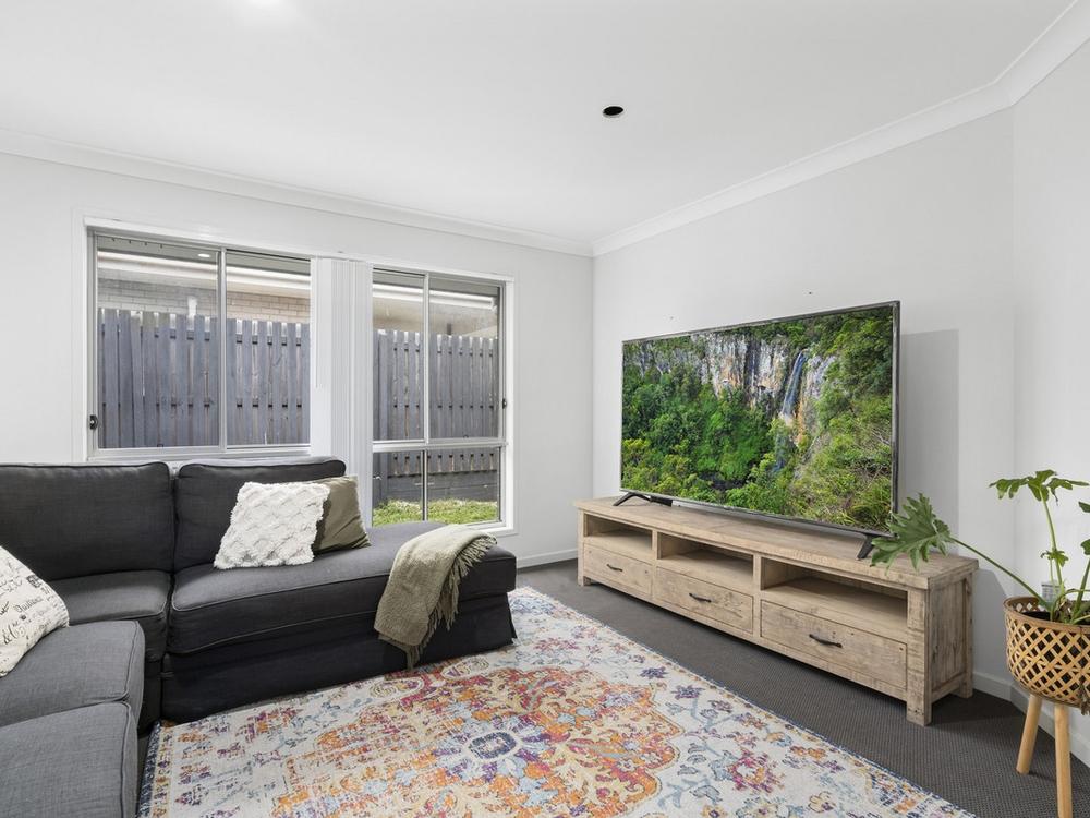 35 Copeland Street Pimpama, QLD 4209