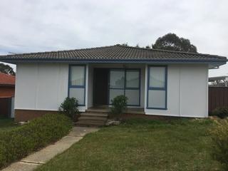 3 Strathallen Crescent Goulburn , NSW, 2580