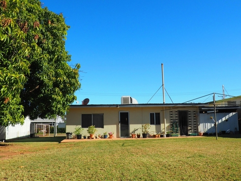 4 Jane Street Mount Isa, QLD 4825