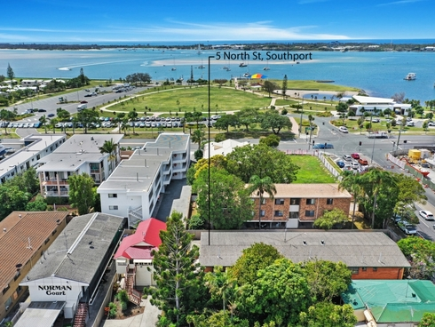 7/5 North Street Southport, QLD 4215
