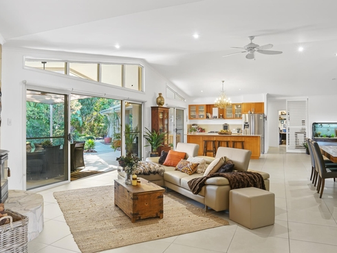 11 Thomas Waters Road Tallebudgera Valley, QLD 4228