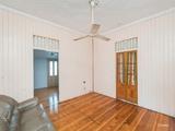 21 Thomasson Street Park Avenue, QLD 4701
