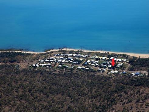 30 Pitcain Ave Brisk Bay, QLD 4805