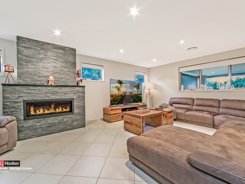 2 Hotham Avenue Beaumont Hills, NSW 2155