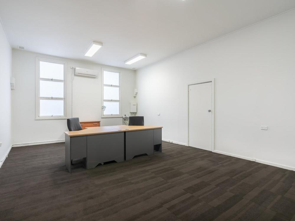 Suite 10 First Floor/201 Mann Street Gosford, NSW 2250