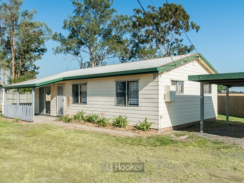 100 Middle Road Hillcrest, QLD 4118