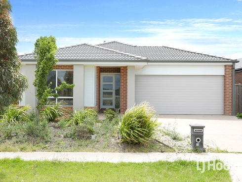 58 Spectacle Crescent Point Cook, VIC 3030
