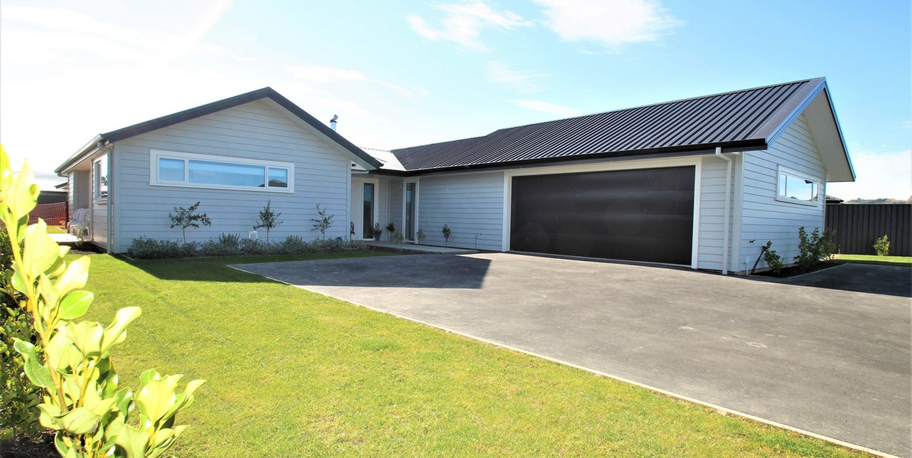4 Anderton Crescent Mosgielproperty slider image