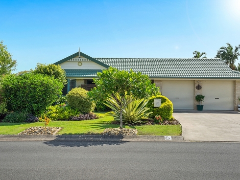6 Kestrel Court Victoria Point, QLD 4165