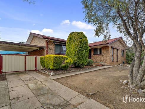 11 Illingworth Street Wanniassa, ACT 2903