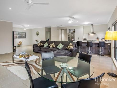 51 Huggins Avenue Yarrabilba, QLD 4207