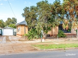4 Bush Street Elizabeth Downs, SA 5113