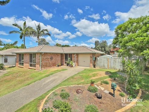 2 Barcoo Street Hillcrest, QLD 4118