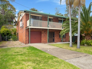 15 Country Club Drive Catalina , NSW, 2536
