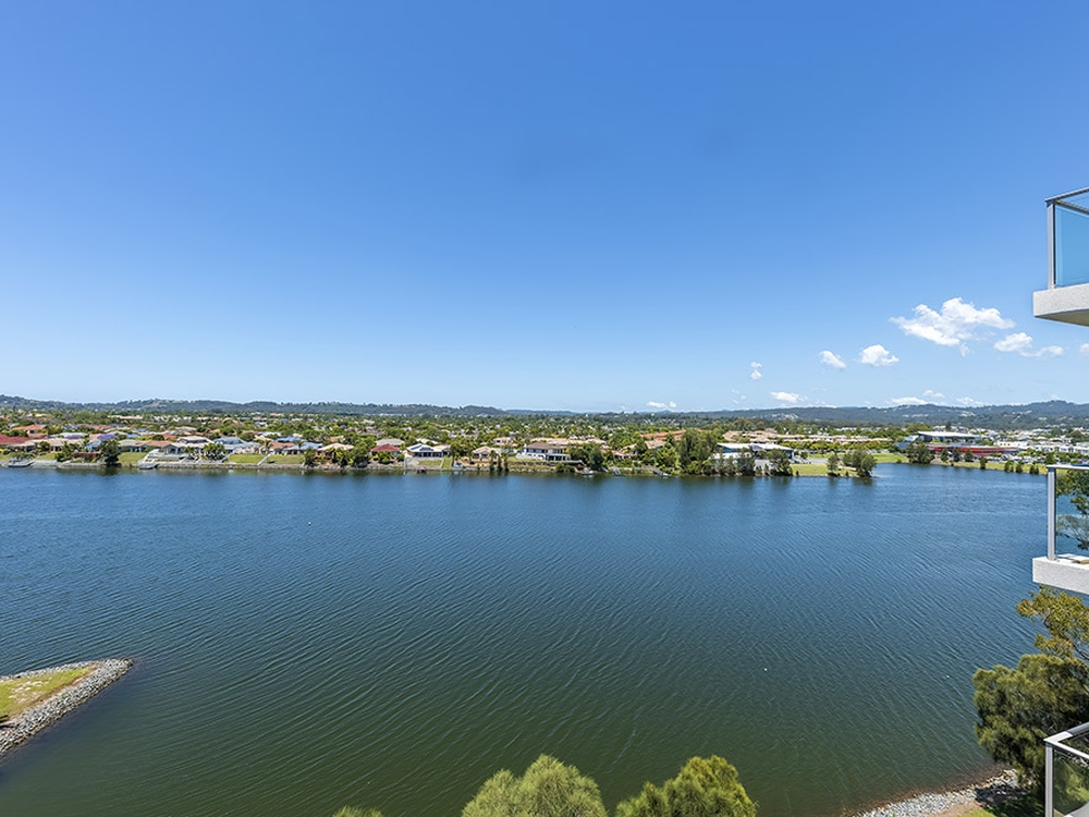 371/33 Lakefront Crescent Varsity Lakes, QLD 4227