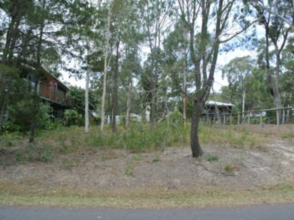 4 Attunga Street Macleay Island, QLD 4184