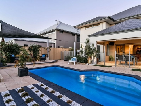 49 Cromarty Garden Canning Vale, WA 6155