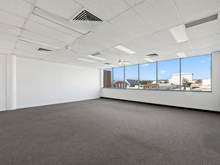 Level 2 Suite 3/516 Ruthven Street Toowoomba City , QLD, 4350