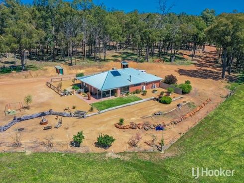 5808 Collie-Williams Road Palmer Collie, WA 6225