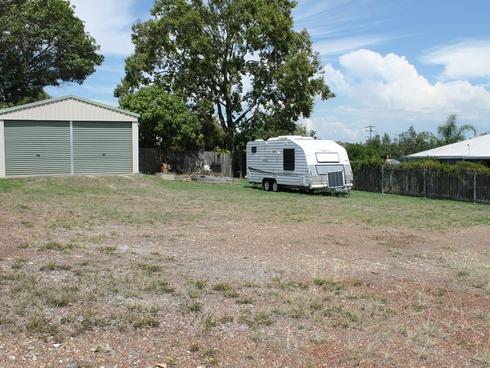25 Geoffrey Thomas Drive Tannum Sands, QLD 4680