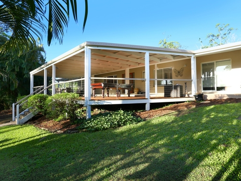 2 Venn Court Mount Nathan, QLD 4211