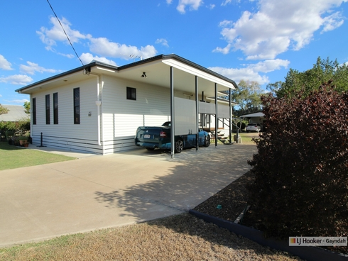 25 - 27 Queen Street Gayndah, QLD 4625
