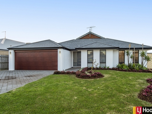 275 Peelwood Parade Halls Head, WA 6210
