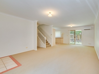 24/2 Koala Town Road Upper Coomera , QLD, 4209