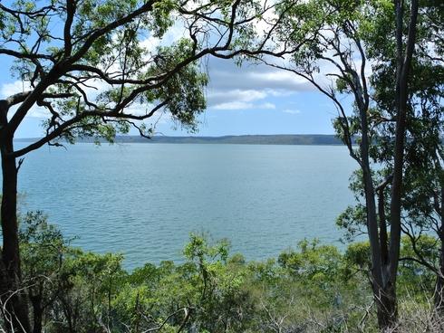 3 Pacific Street Lamb Island, QLD 4184