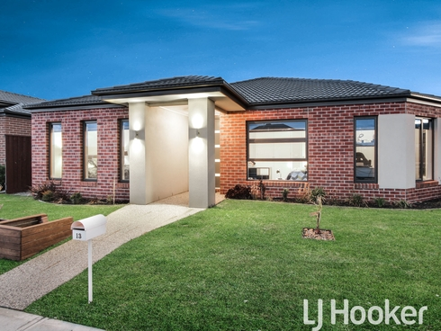 13 Lincoln Avenue Officer, VIC 3809