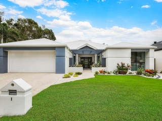 1 Tralee Place Twin Waters , QLD, 4564