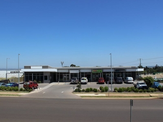 Shop 2/3 Walters Drive Harristown , QLD, 4350